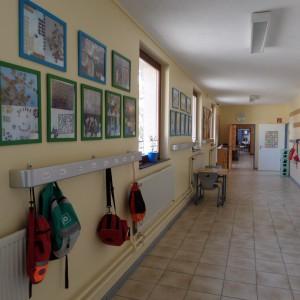 Flur vor den Klassenräumen